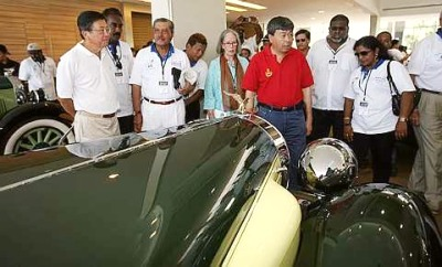 Sultan of Selangor showing off his cars. Image from The Star.