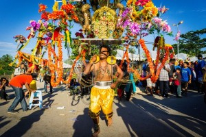 1359294490-thaipusam-festival-2013-at-batu-caves-malaysia_1753969