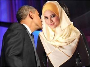 obama-airkiss-hijab