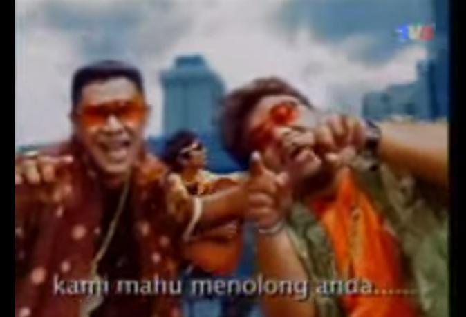 Sure boh? Screencap of Along Bukit Beruntung video on YouTube