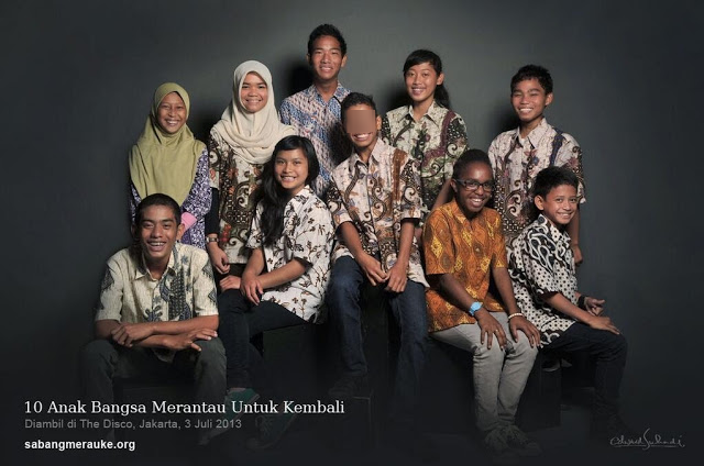 ferdinand with the 9 other kids for the programme.jpg  640×426