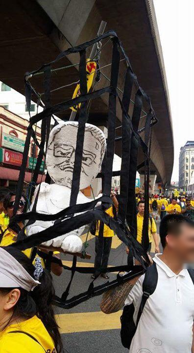 jibby_in_cage