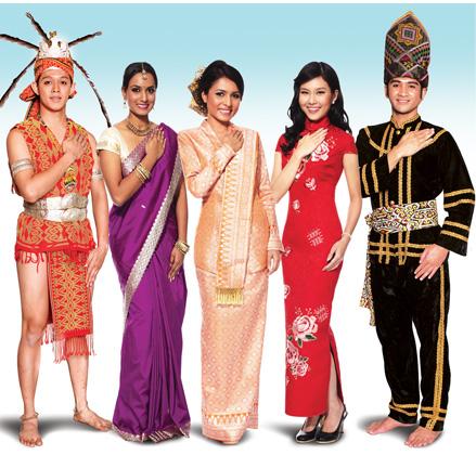 1Kena ada Melayu, Cina, India, dan dua etnik Sabah & Sarawak yang dipilih secara rawak. Kesian Sabah dan Sarawak.