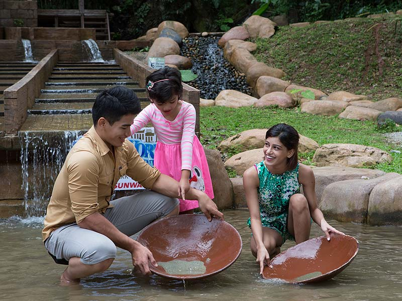That's right kids, your great-great-great-grandfather used to do this too! Pic from sunwaylostworldoftambun.com
