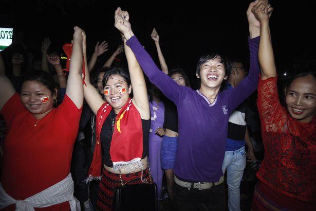 myanmar celebrate