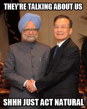 (080924) -- NEW YORK, Sept. 24, 2008 (Xinhua) -- Chinese Premier Wen Jiabao (R) shakes hands with Indian Prime Minister Manmohan Singh during their meeting in New York, the United States, Sept. 24, 2008. (Xinhua/Liu Jiansheng) (jlp)