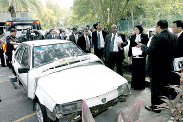 kereta-proton-iswara-aminulrashid