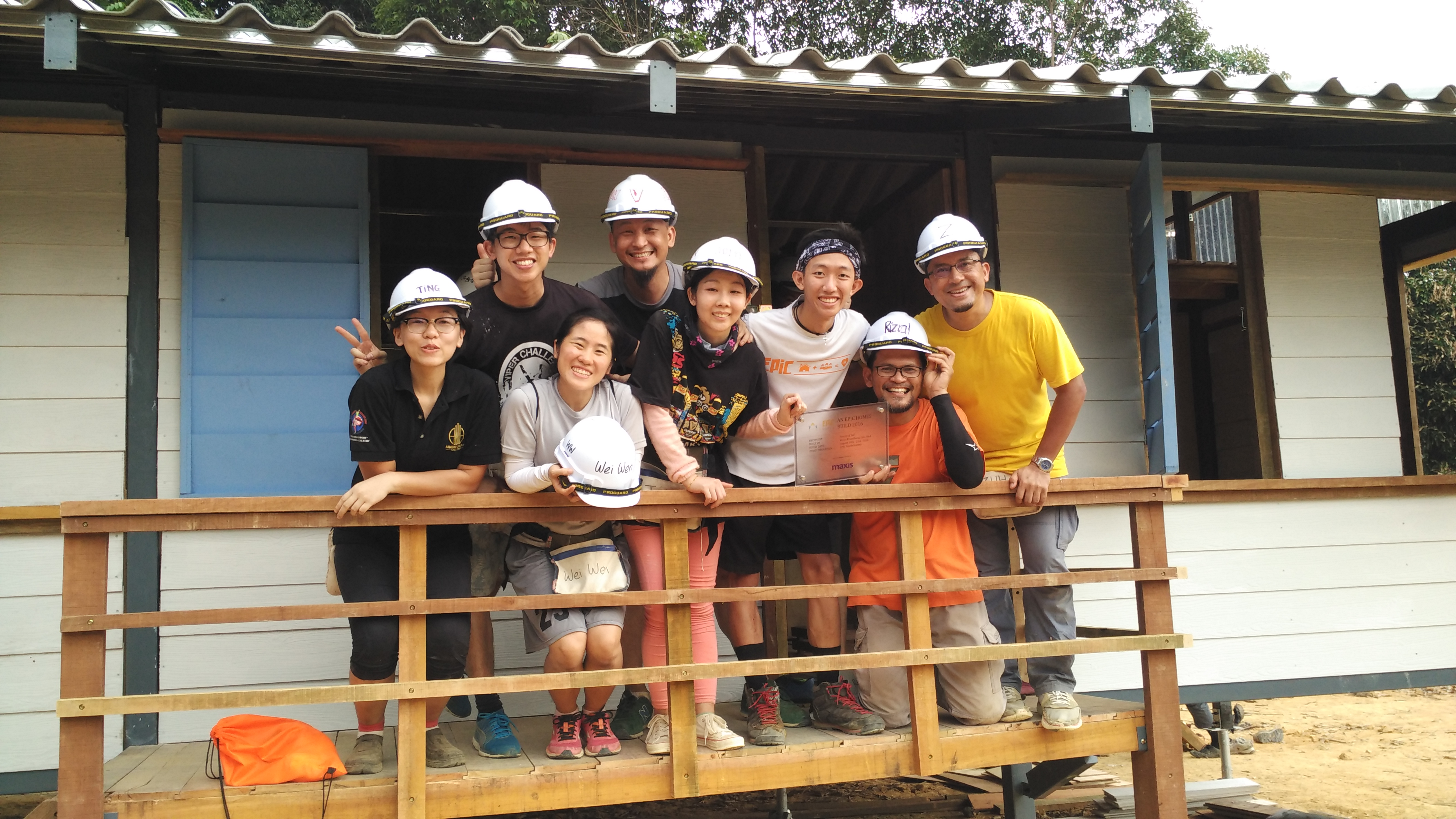 epic homes build generation of leaders roof team
