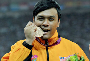 lyon paralympics gold medal shot put Image from Astro Awani