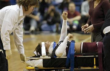 360_cheerleader_injury_0814