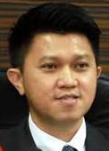 Datuk Chong Sin Woon, Deputy Education Minister. Image form stomp.com.sg