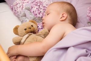 Babies-Sleeping-On-The-Side
