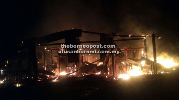 A fire that killed a teen in Kampong Gambaron 2 in Telupid. Img from theBorneoPost