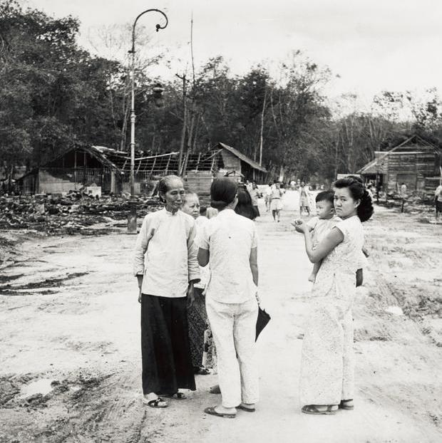 communist burn village Simpang Tiga sitiawan perak