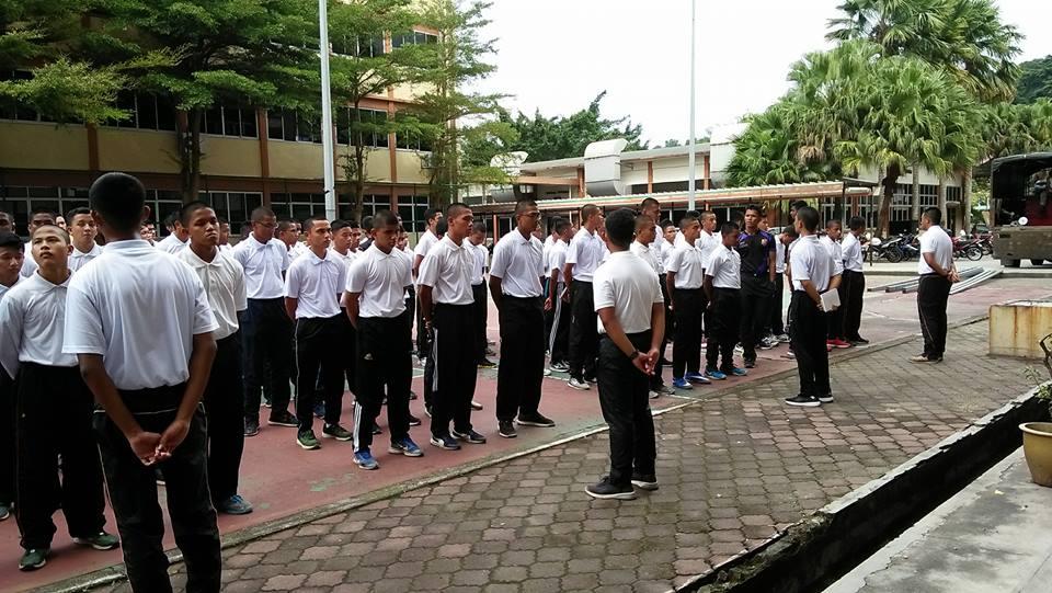 Minggu-Orentasi-Agihan-Barang-Issue-New-Boy-MTD-15
