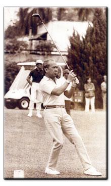 sultan iskandar johor golfing