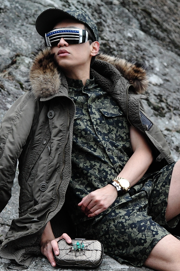 """""""It's called fashion, Sergeant. Look it up."""" Img from AllWomensTalk."""