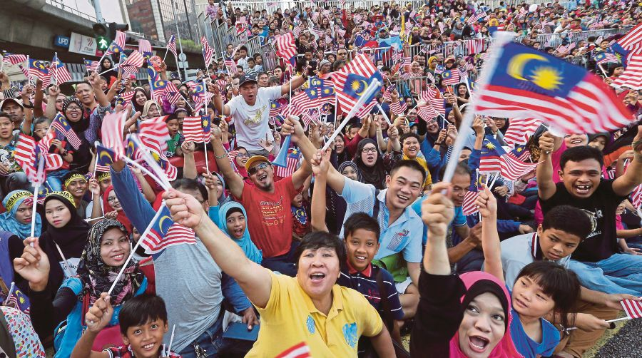 But Malaysians, in general, also like to do things together-gether. Image from NST