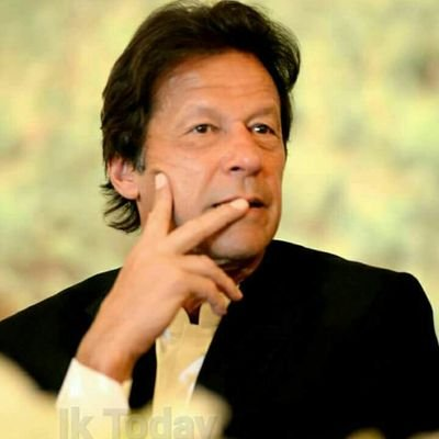 Now ain't that a handsome man. Image from Imran Khan's Twitter