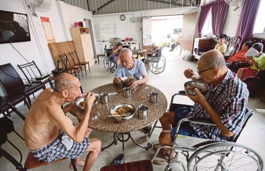 An old folks home in Malaysia. Img from NST.