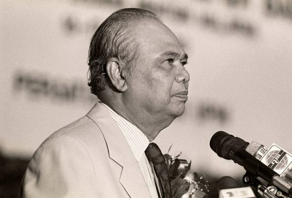 The late Ghafar Baba. Image from Astro Awani