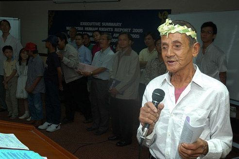 Sagong Tasi (pictured) passed away in May this year at the ripe age of 88. Img from The Nut Graph.