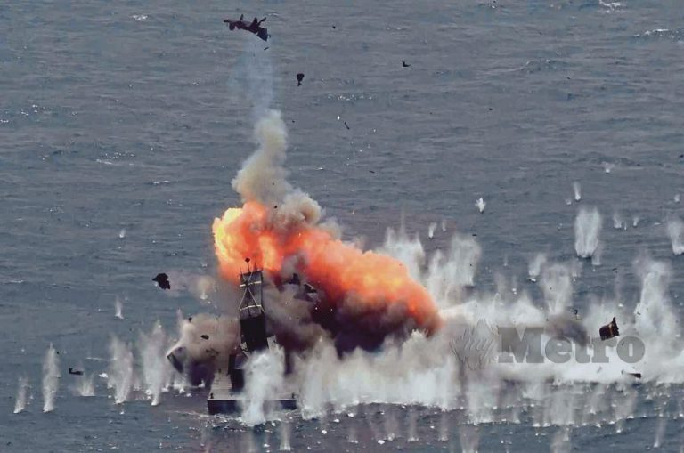 Target that was destroyed by the Sea Skua missile. Img from Harian Metro
