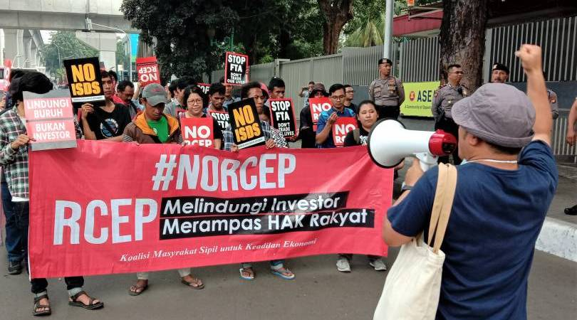 An anti-RCEP rally takes place in Jakarta, Indonesia, last August. Image from KBR