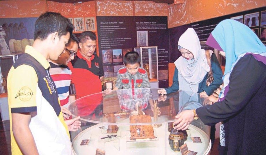 The exhibition in Negeri Sembilan. Img from Harian Metro